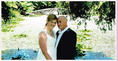 couple marrying at tamborine mountain botanic gardens